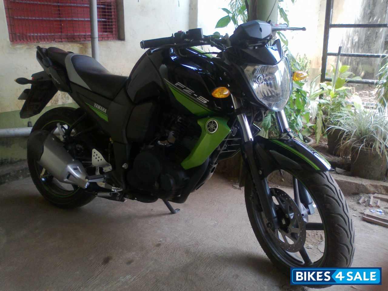 Yamaha fz Bike Green Black Green Yamaha fz s