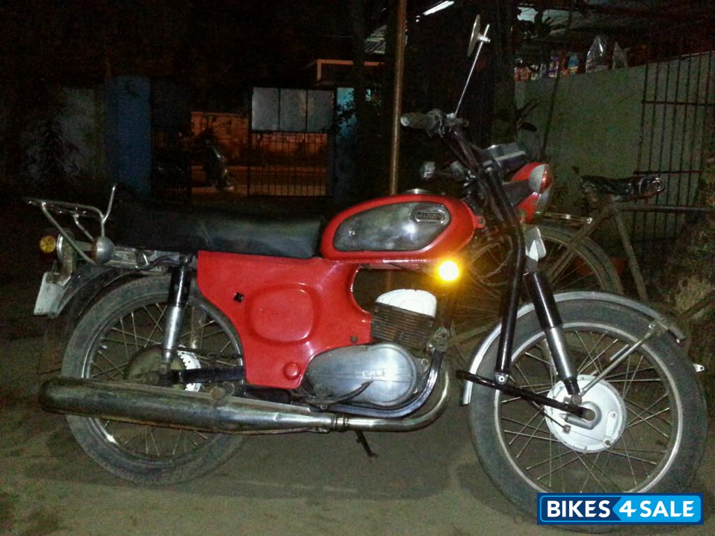 Used 1981 model Yamaha Rajdoot for sale in Alappuzha  ID 104369  Red