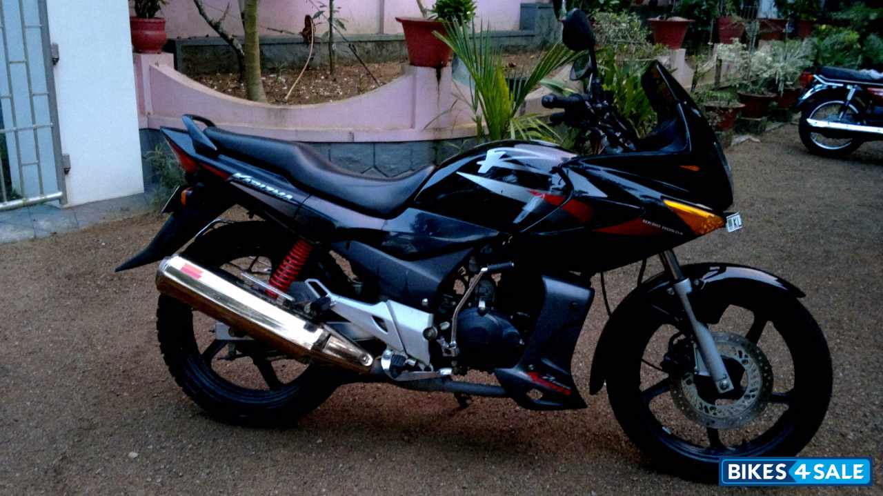 Black Hero Karizma R for sale in Kottayam. 2011 Hero Honda ...