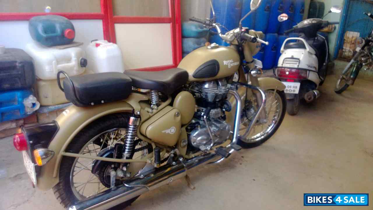 Sand Royal Enfield Classic Desert Storm for sale in ...