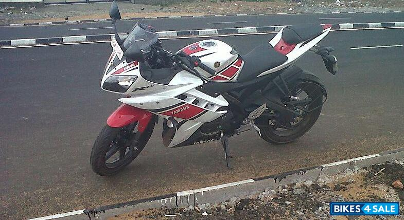 R15 V2 Red And White White Red Limit...