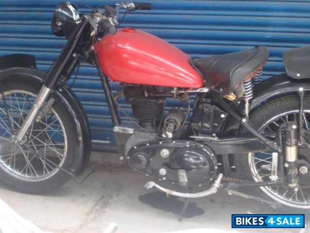Red Vintage Bike Red n Black Vintage Bike