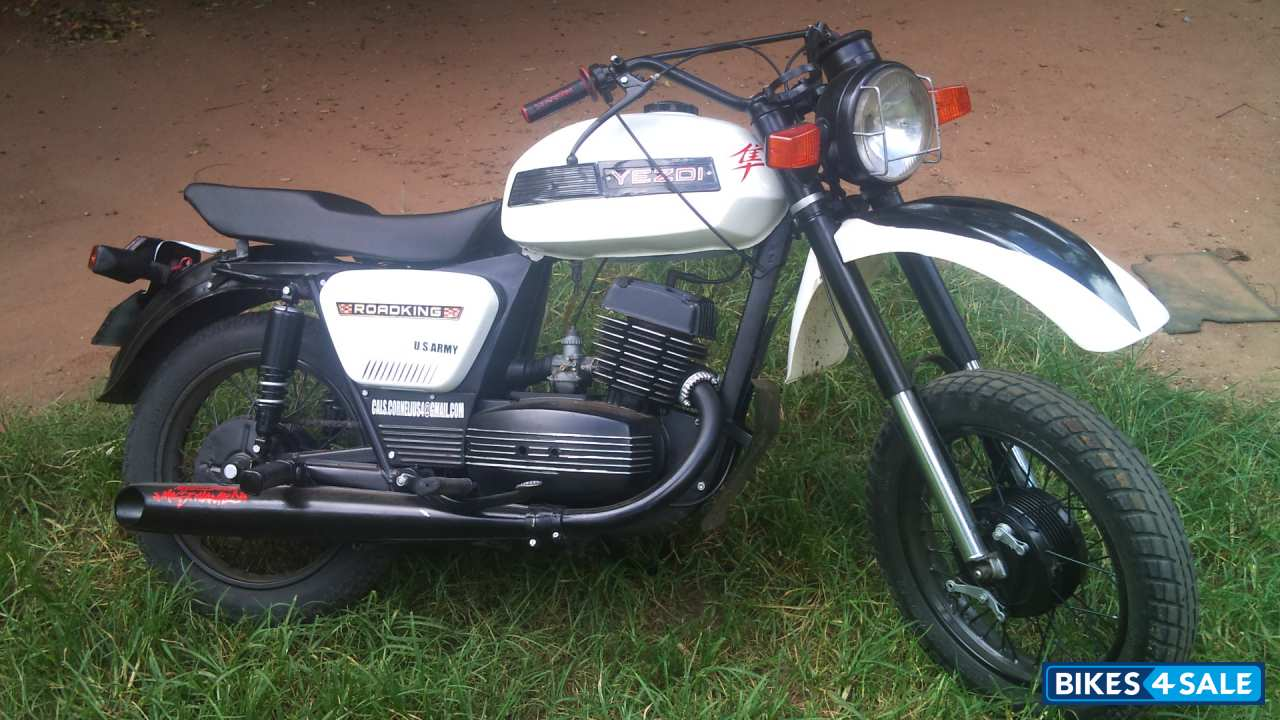 White And Black Ideal Jawa Yezdi RoadKing