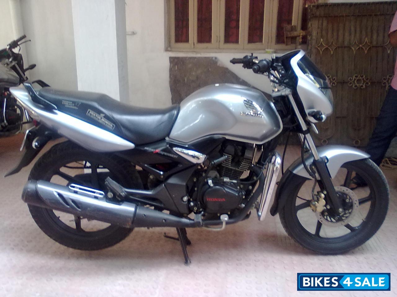 Silver Honda Unicorn Picture 2. Bike ID 49957. Bike ...