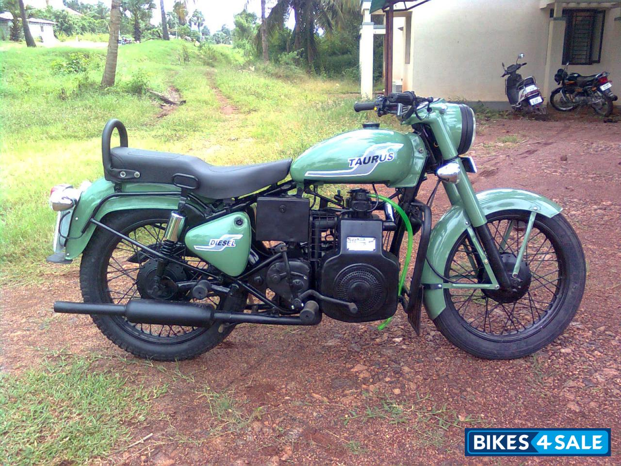 second hand royal enfield bullet diesel taurus in coimbatore sparingly used life tax paid. Black Bedroom Furniture Sets. Home Design Ideas