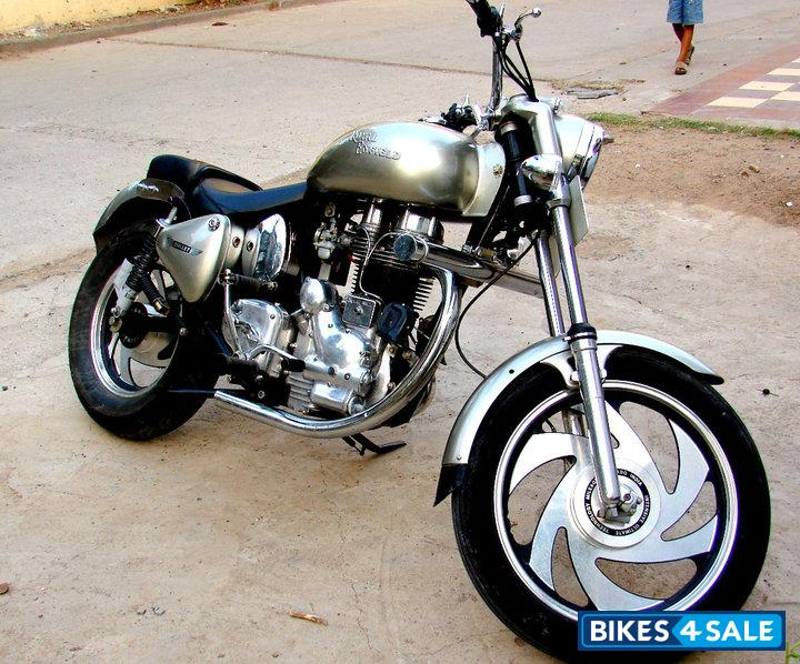 Silver Royal Enfield Bullet Modified Bullet Picture 9