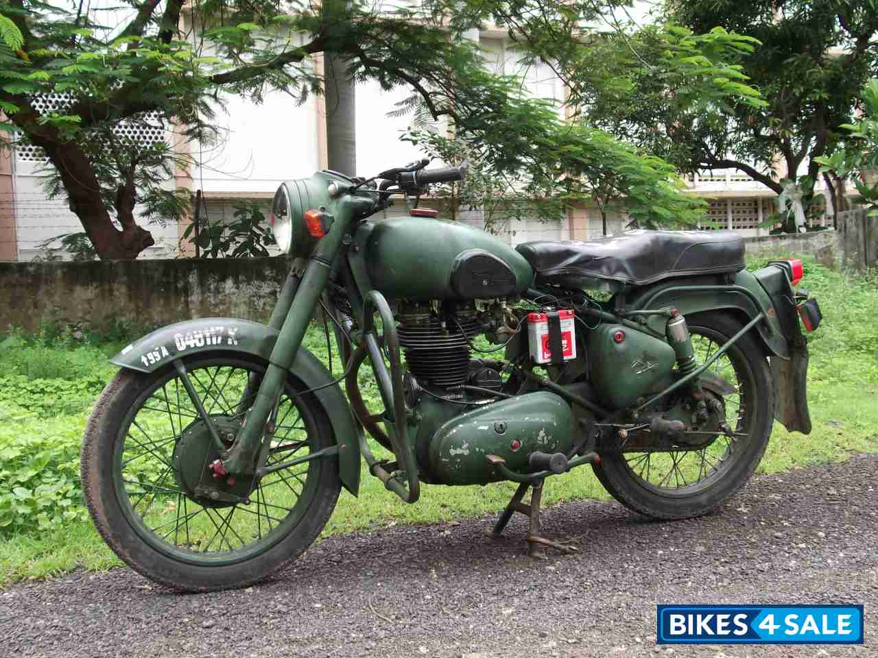 Used 1999 Model Royal Enfield Bullet Standard 350 For Sale In Nagpur Id 57028 Military Green Colour Bikes4sale