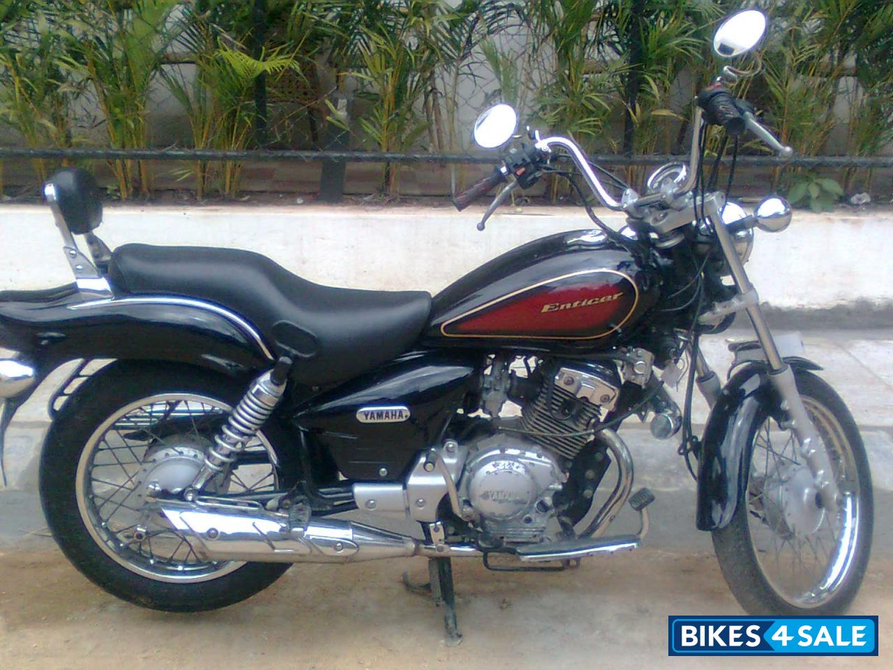 Black Yamaha Enticer Picture 1 Bike ID 57960 Located In