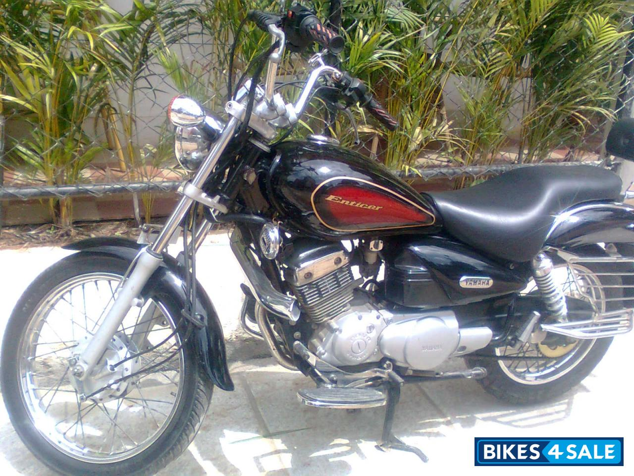 Black Yamaha Enticer Picture 2 Bike ID 57960 Located In