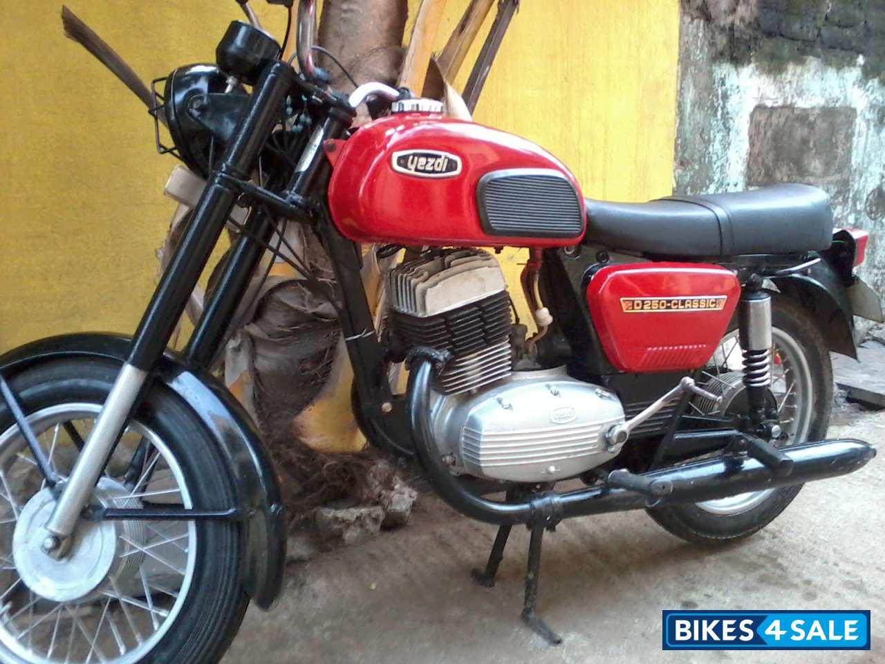 Second hand Ideal Jawa Yezdi Classic in Chennai. Hi. if u r interested ...