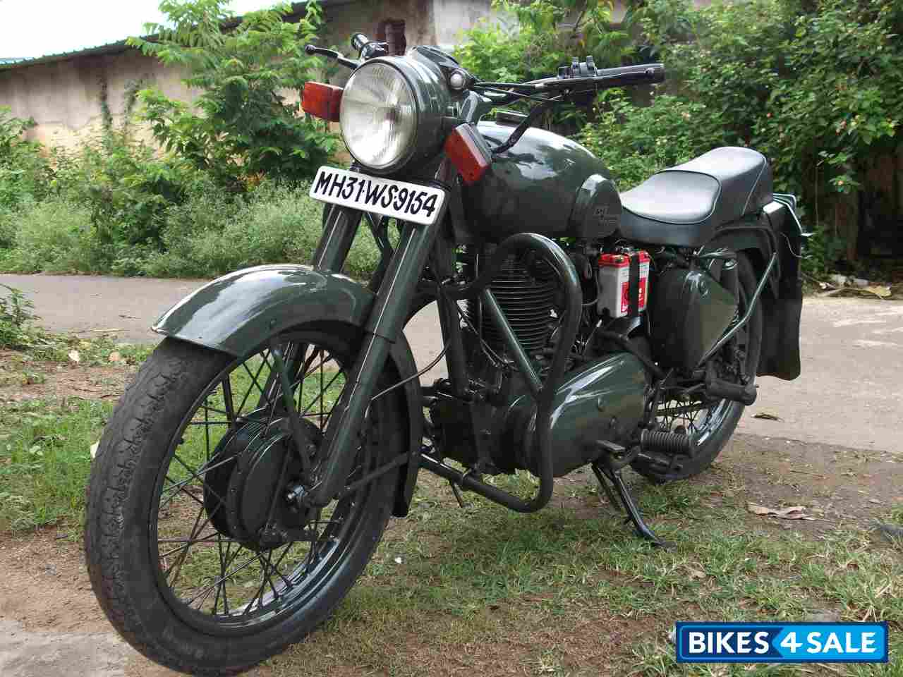 Used 1999 Model Royal Enfield Bullet Standard 350 For Sale In Nagpur Id 60873 Classic Battle Green Colour Bikes4sale