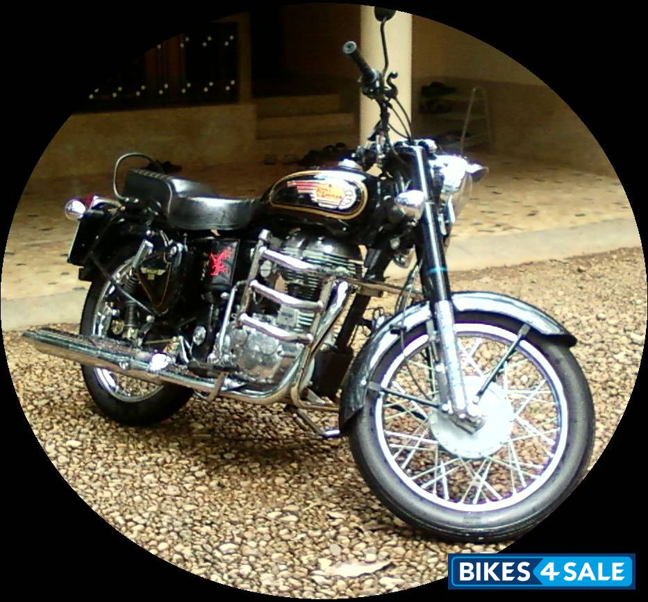 Dominar Cochin Home: Black Royal Enfield Bullet 350 Twinspark Picture 3. Album