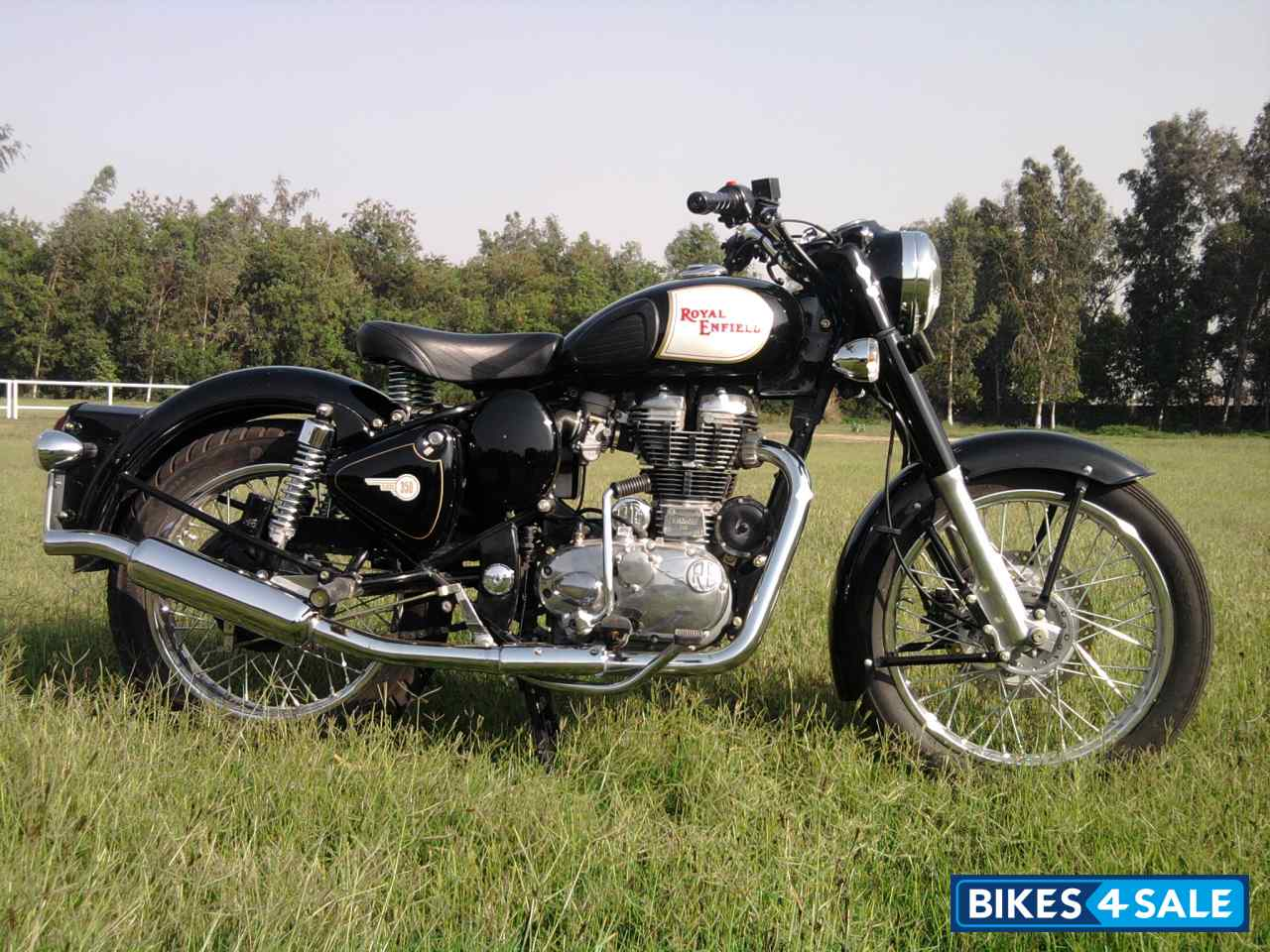 Black Royal Enfield Wallpaper Black Royal Enfield Classic