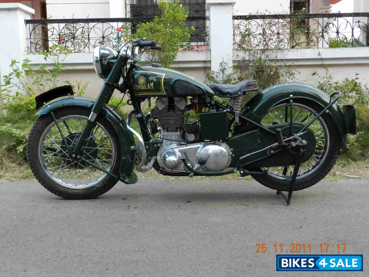 Green Vintage Bike Sunbeam Motorcycle 1939 Model B24 350cc