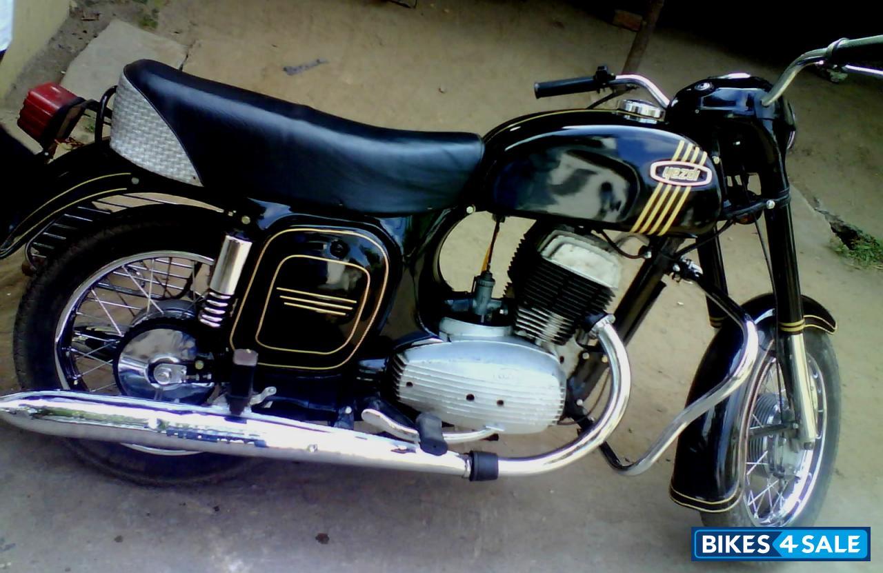 Second hand Ideal Jawa Yezdi Model B in Guntur. Cal me on 8125573280 ...