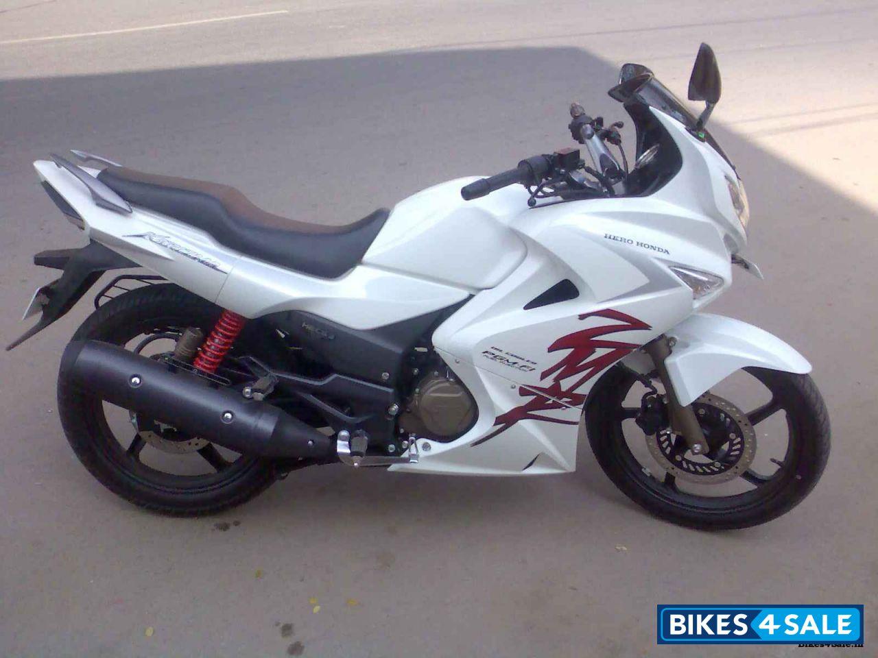 White Hero Karizma ZMR Picture 1. Bike ID 81281. Bike ...