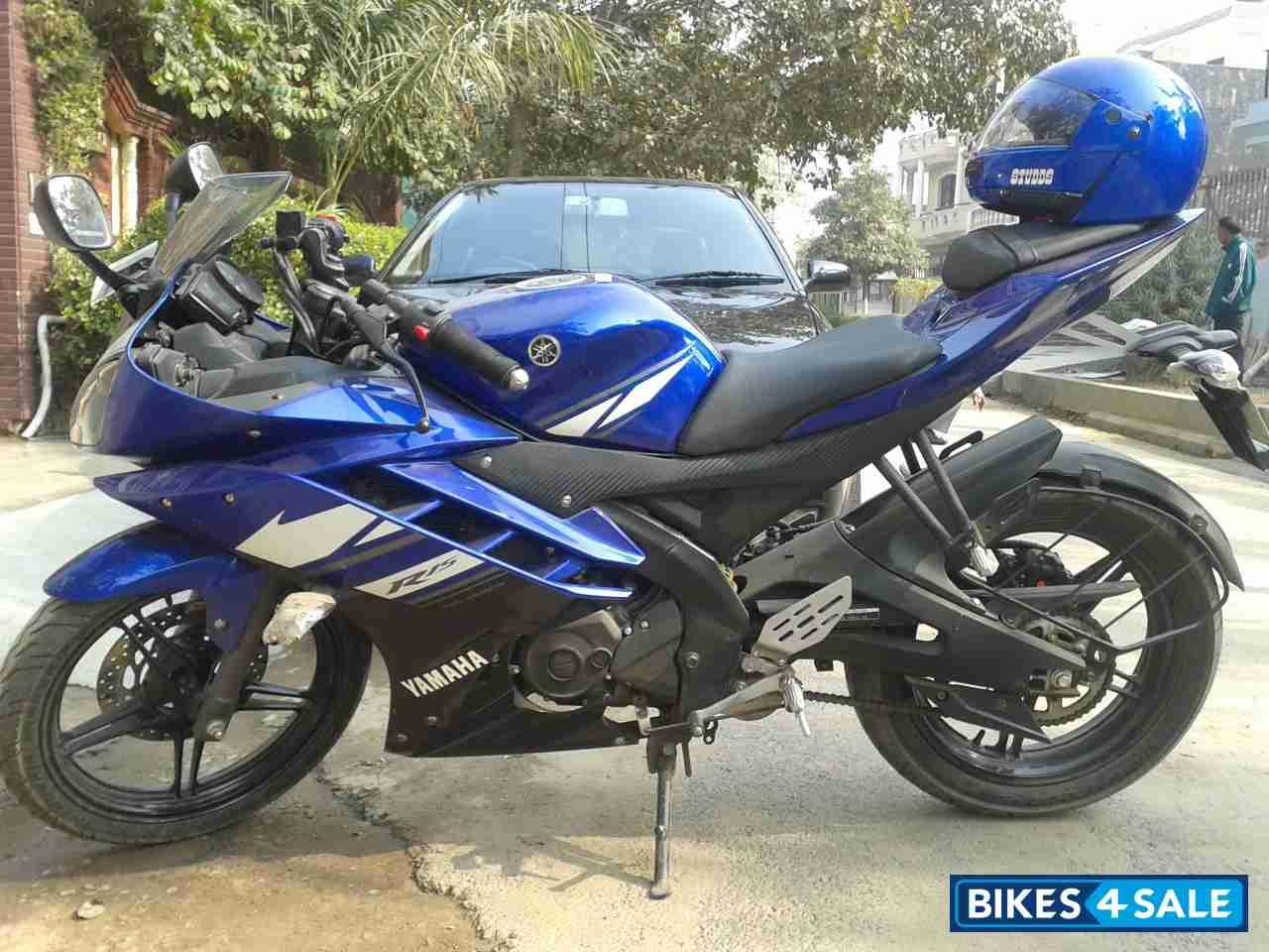 Yamaha Bikes R15 V2