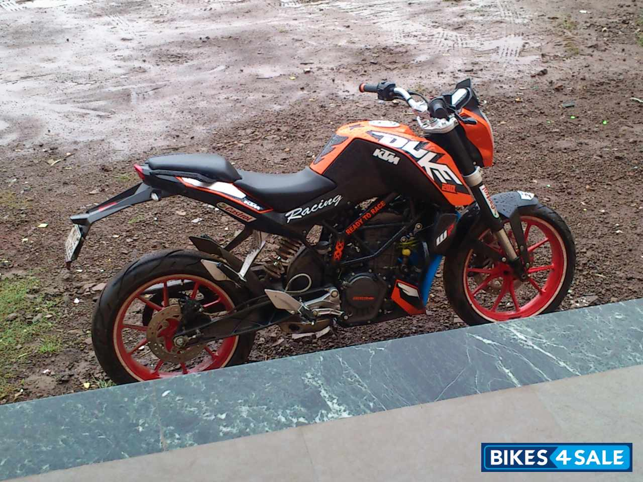 4 Wheel Electric Bike >> Used 2012 model KTM Duke 200 for sale in Pune. ID 93677 ...