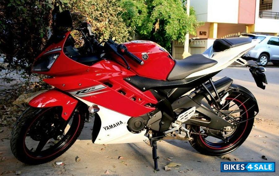 R15 V2 Red And White Second hand Yam...