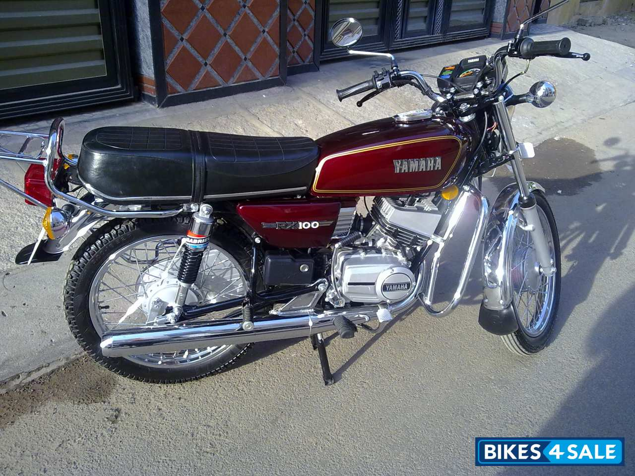 Yamaha Rx 100 Picture 1 Album Id Is 96687 Bike Located