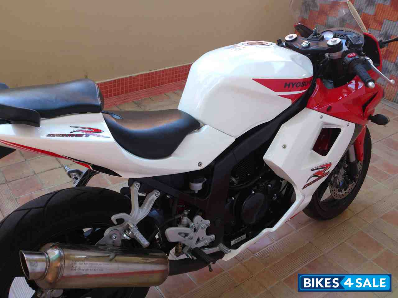 Second Hand Hyosung Gt250r In Trivandrum Super Bike For