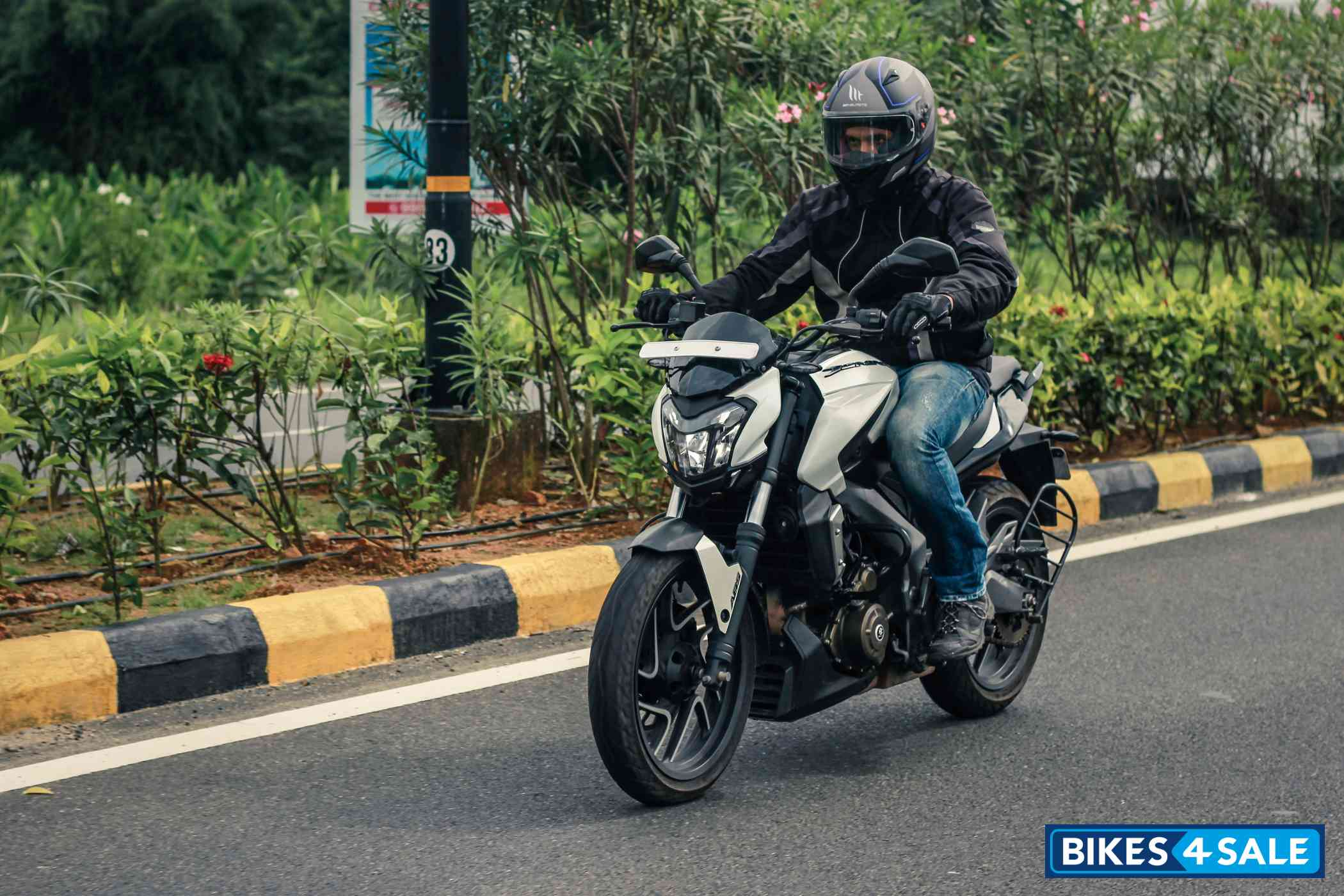 Bajaj Dominar 400 Test Ride
