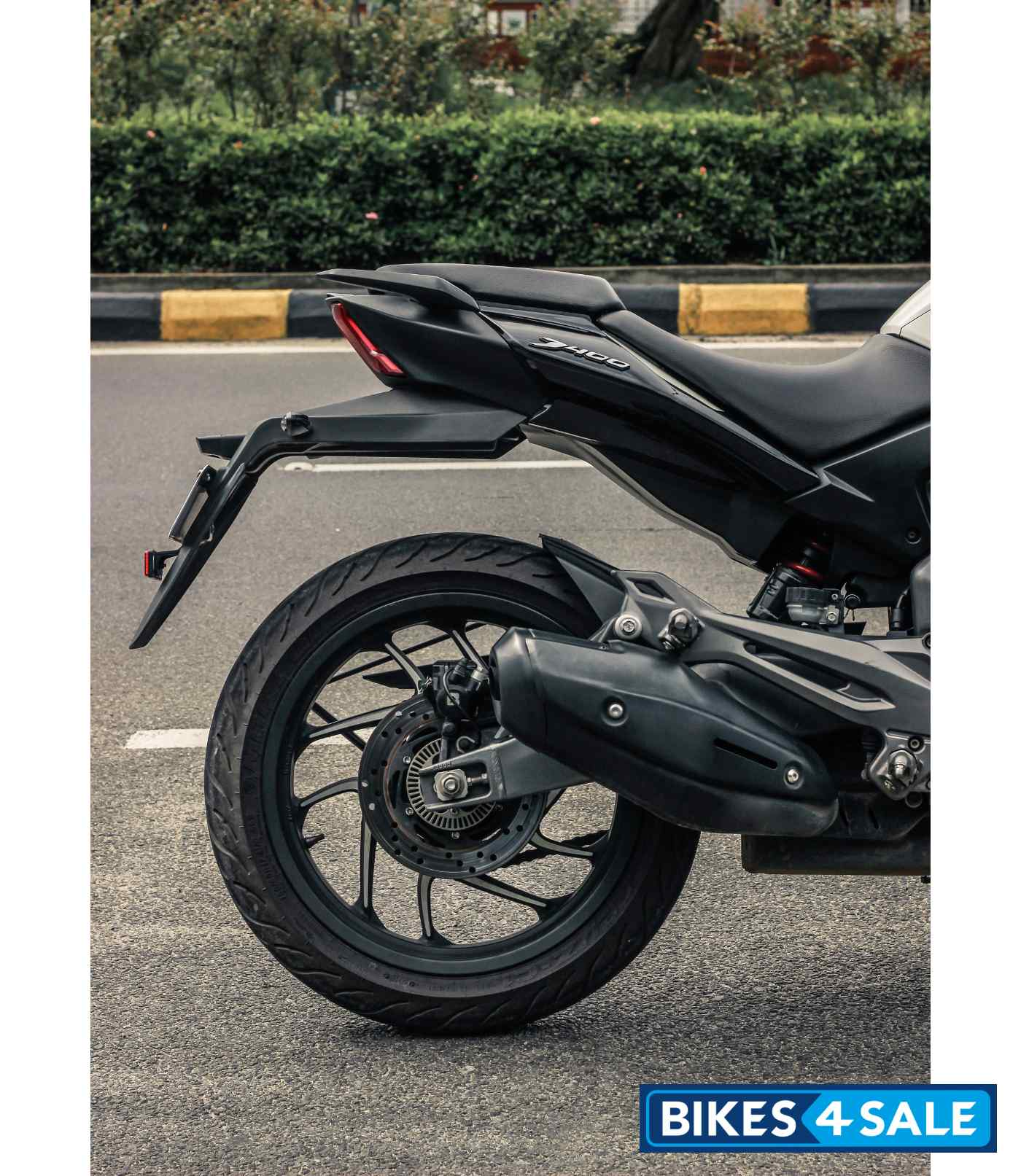 Bajaj Dominar 400 Exhaust