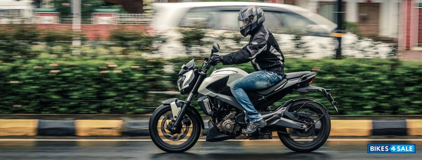 Bajaj Dominar 400 Test Drive