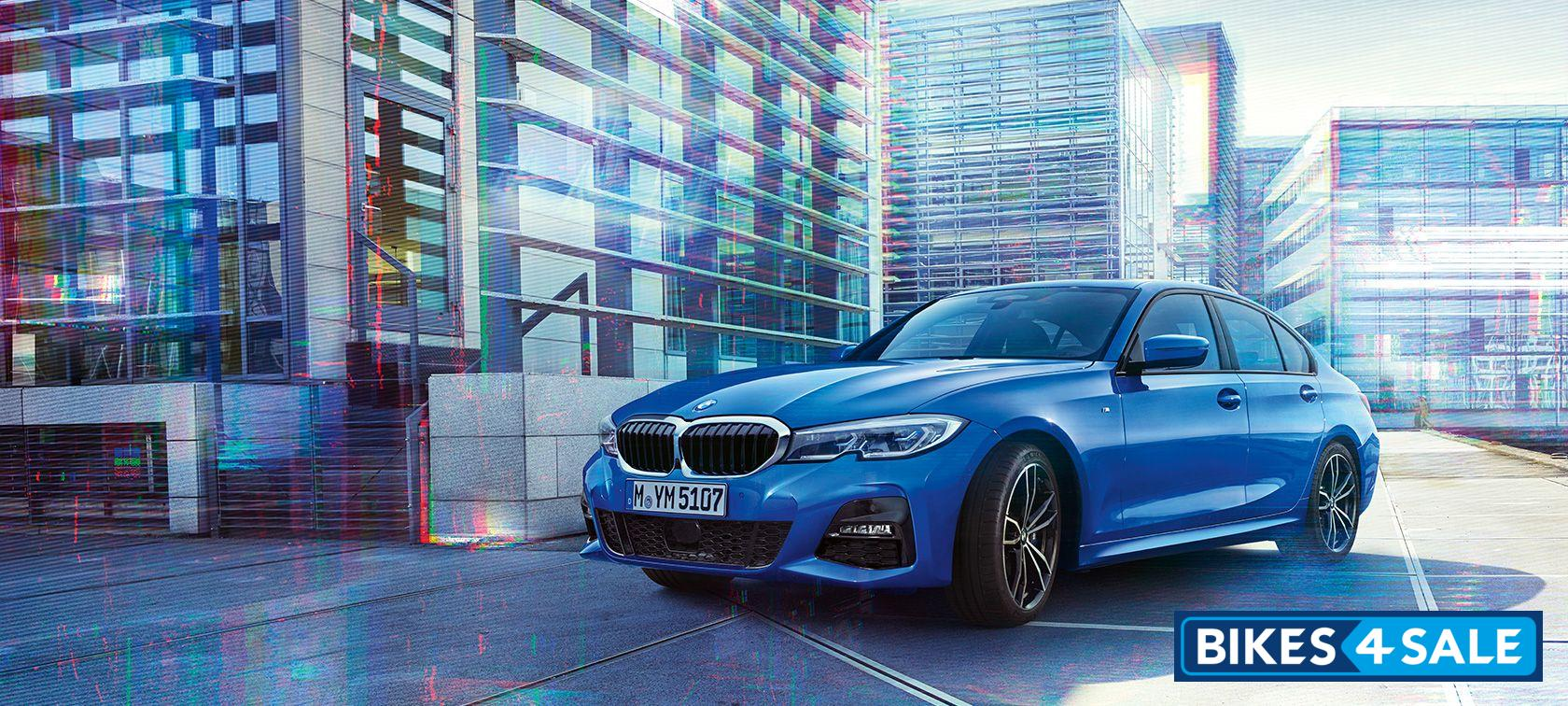 BMW 3-Series 330i Sport Petrol AT
