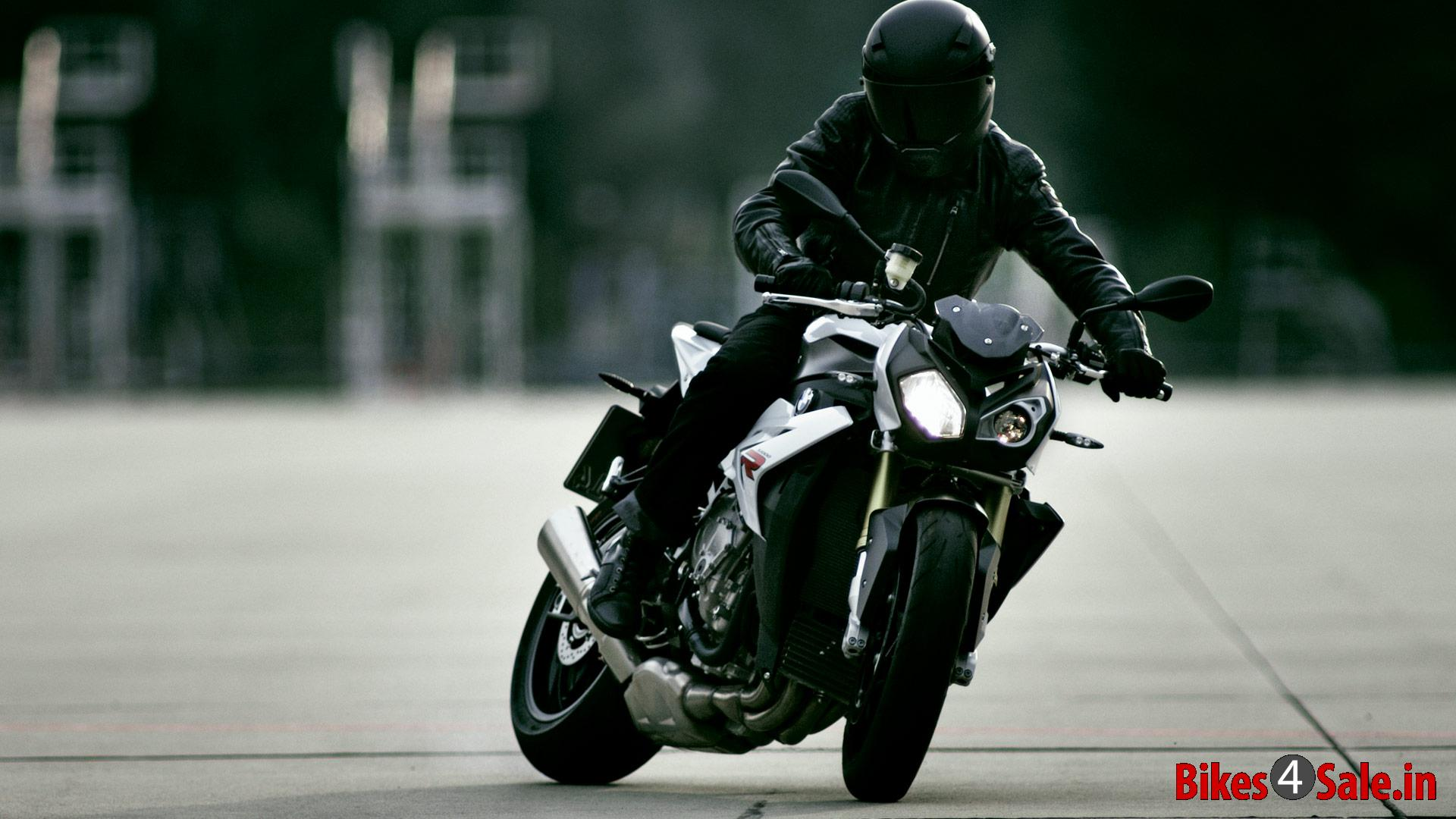 bmw s 1000 r price specs mileage colours photos and reviews bikes4sale. Black Bedroom Furniture Sets. Home Design Ideas