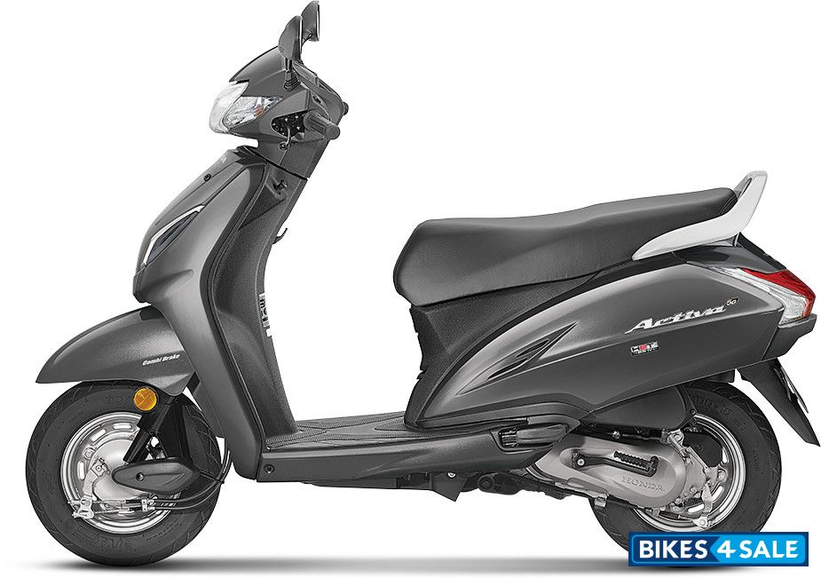 Matte Axis Grey Metallic Honda Activa 5g Scooter Picture Gallery
