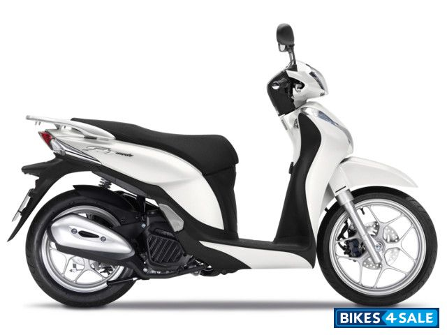 honda sh mode 125 price specs mileage colours photos and reviews bikes4sale. Black Bedroom Furniture Sets. Home Design Ideas
