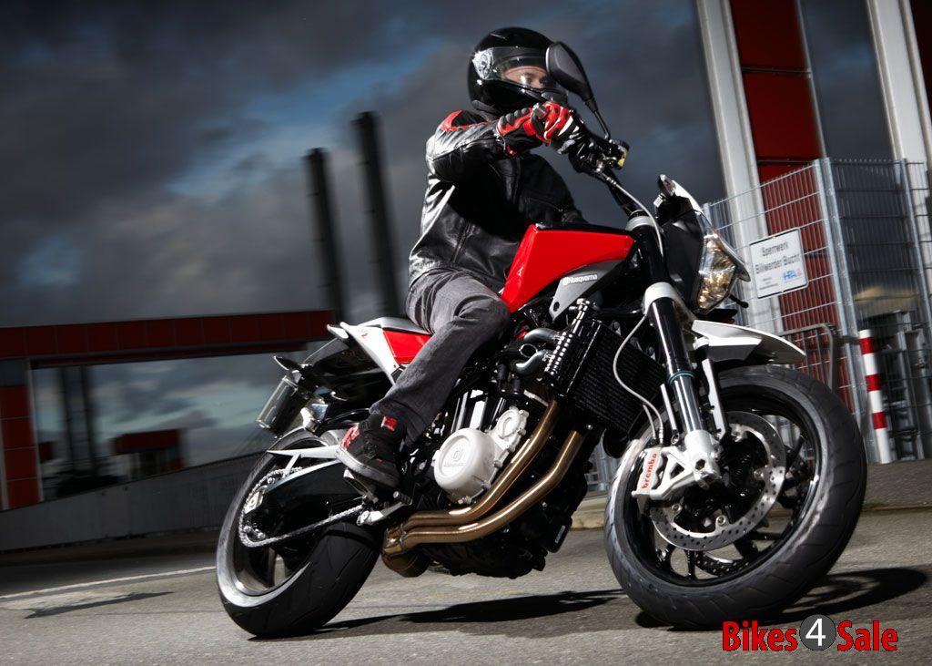photo 3 husqvarna nuda 900r motorcycle picture gallery bikes4sale. Black Bedroom Furniture Sets. Home Design Ideas