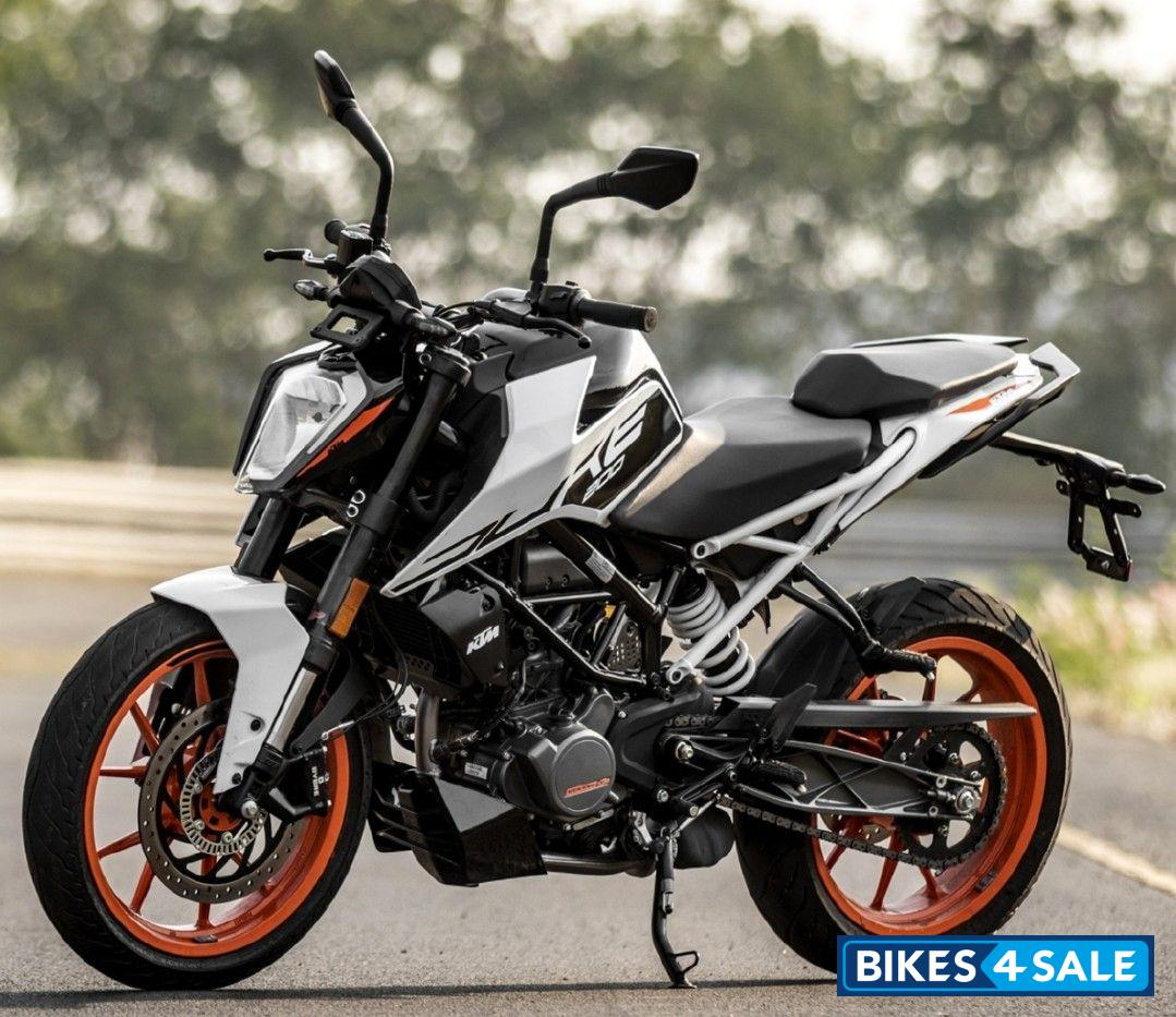 Ktm Duke 200 2020 Motorcycle Picture Gallery White Bikes4sale