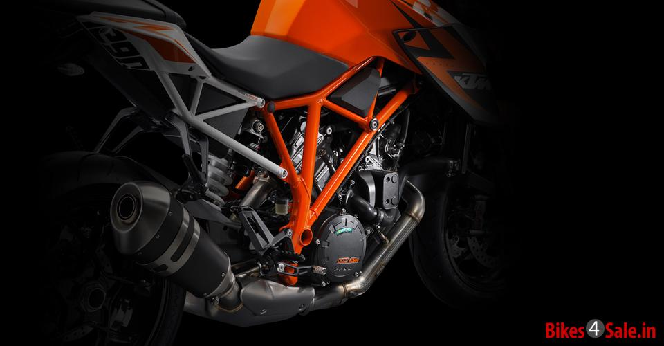 Chassis Control of KTM 1290 Super Duke R