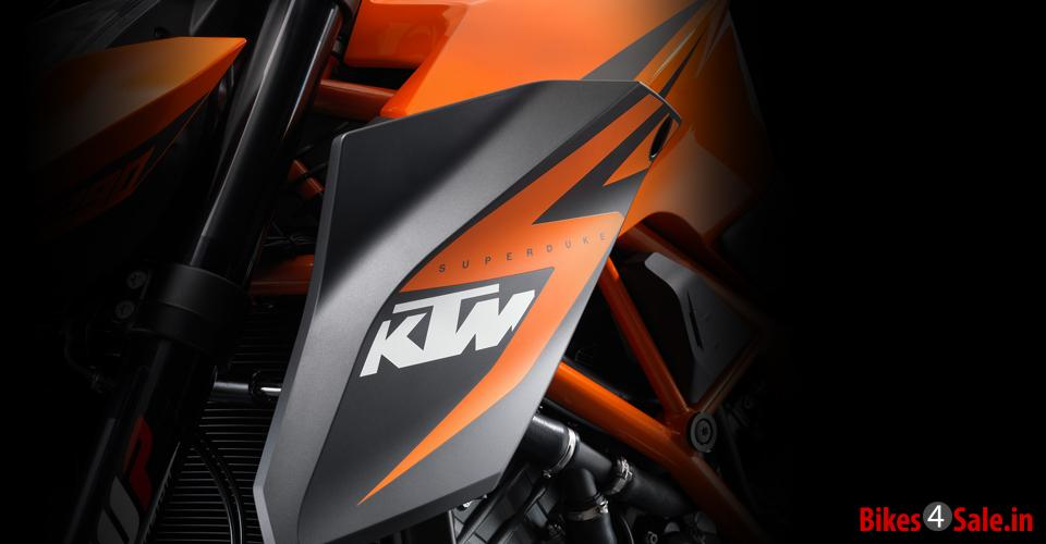 Side kits of KTM 1290 Super Duke R