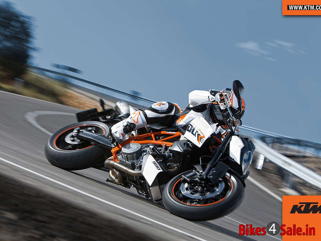 ktm super duke 990 r price specs mileage colours photos and reviews bikes4sale. Black Bedroom Furniture Sets. Home Design Ideas