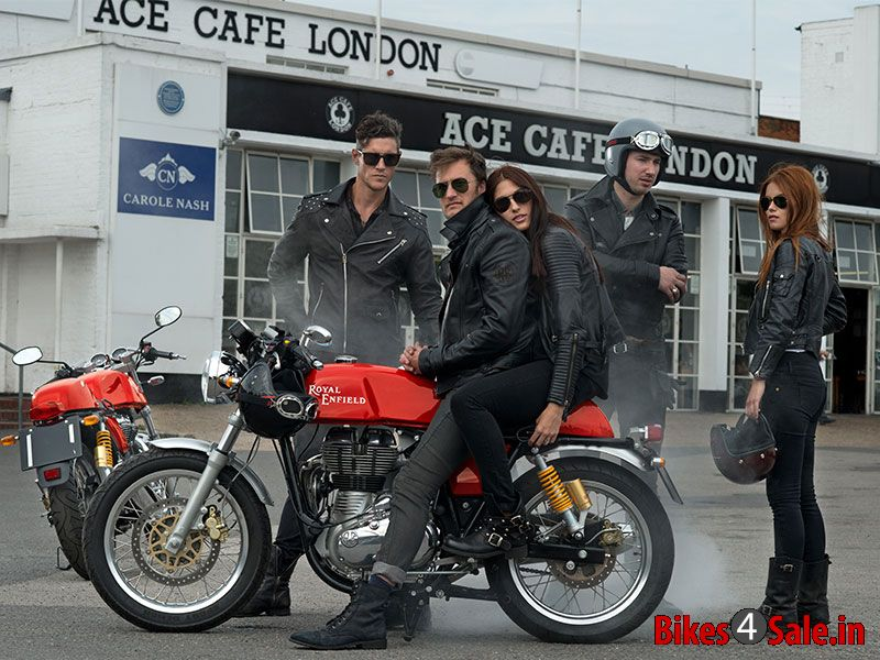 Royal Enfield Cafe Racer Riders