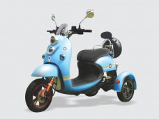 Supertech 3 Wheel Scooty