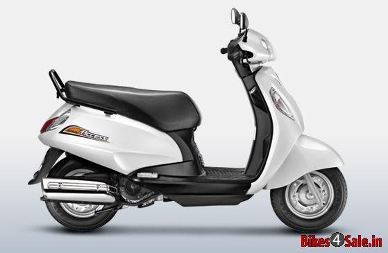 Used Motorcycles Dealers >> Suzuki Access 125 in Pearl Mirage White color. Suzuki ...