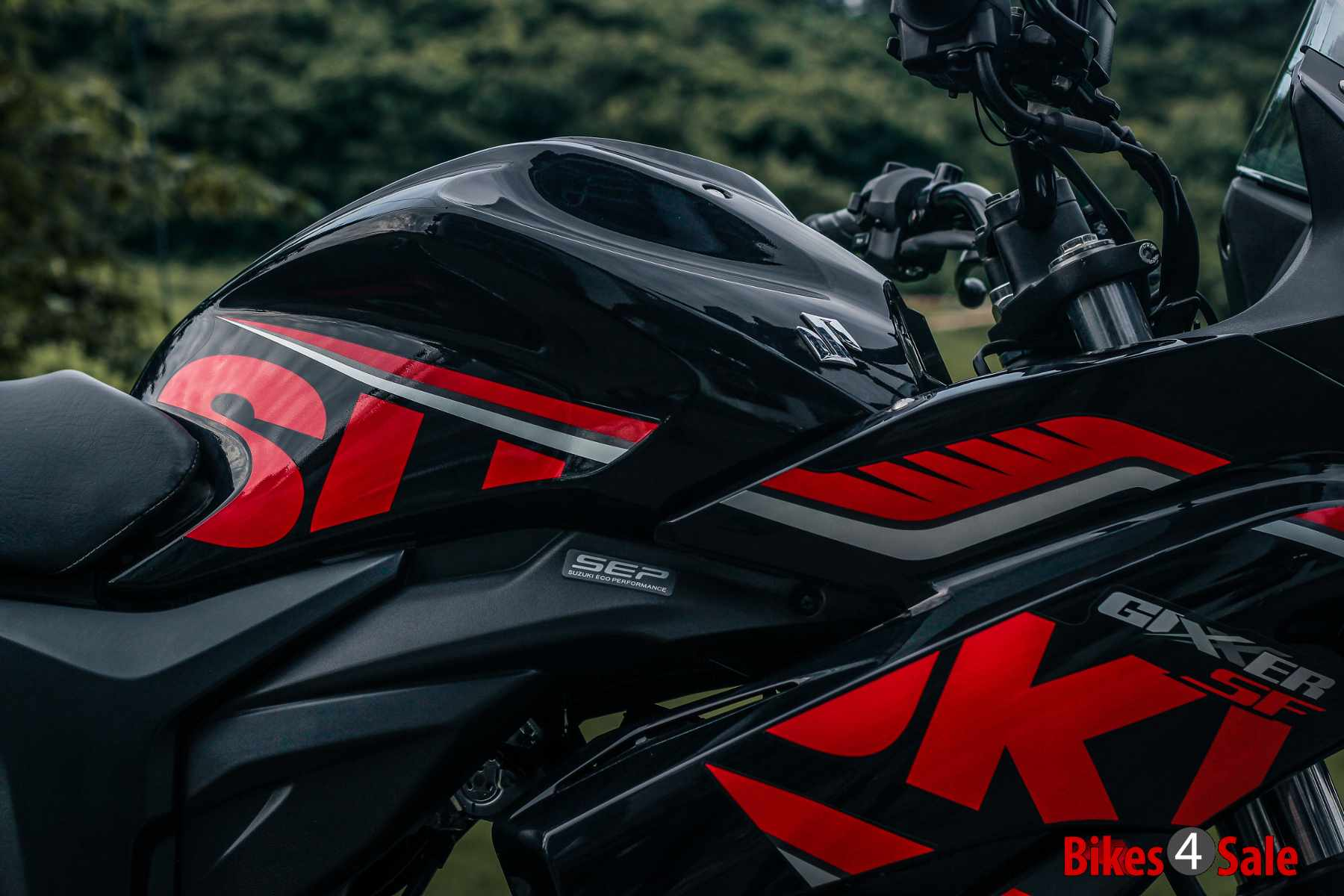 Fairinig kit of Gixxer SF Fi