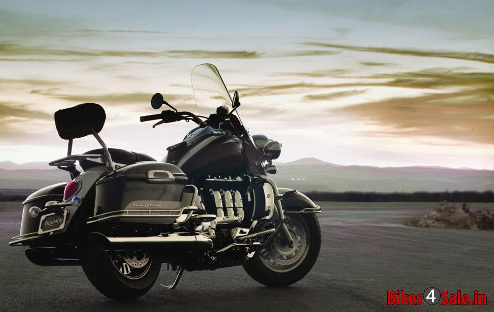Triumph Rocket Touring Specifications
