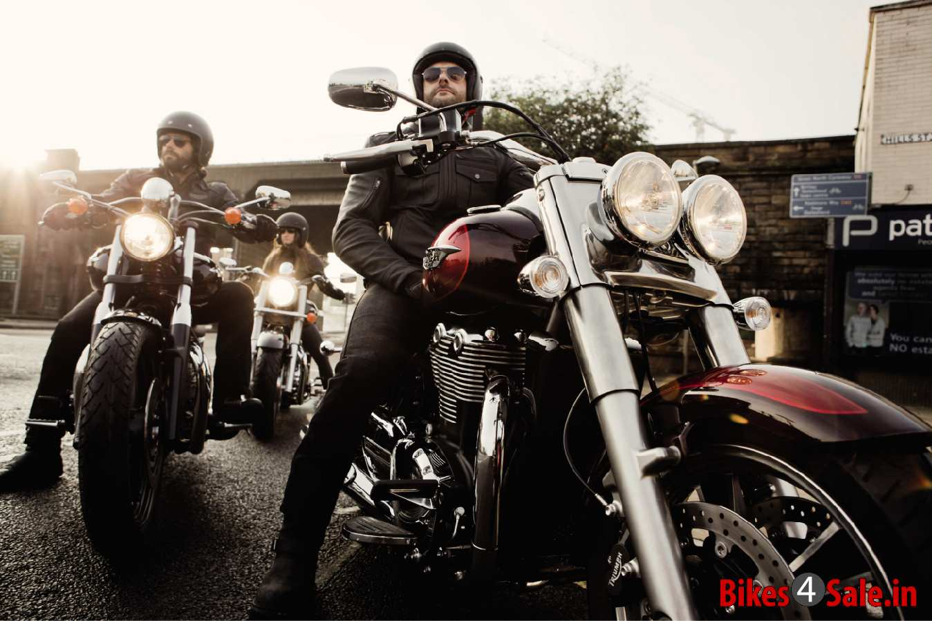 Photo 3 Triumph Thunderbird Commander Motorcycle Picture Gallery