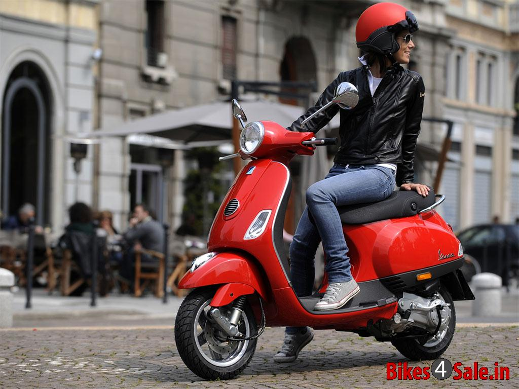 vespa lx 125 price specs mileage colours photos and. Black Bedroom Furniture Sets. Home Design Ideas