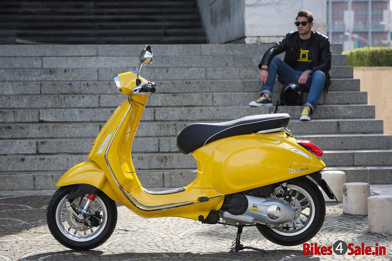Picture Showing The Yellow Colored Vespa Sprint 125 Vespa