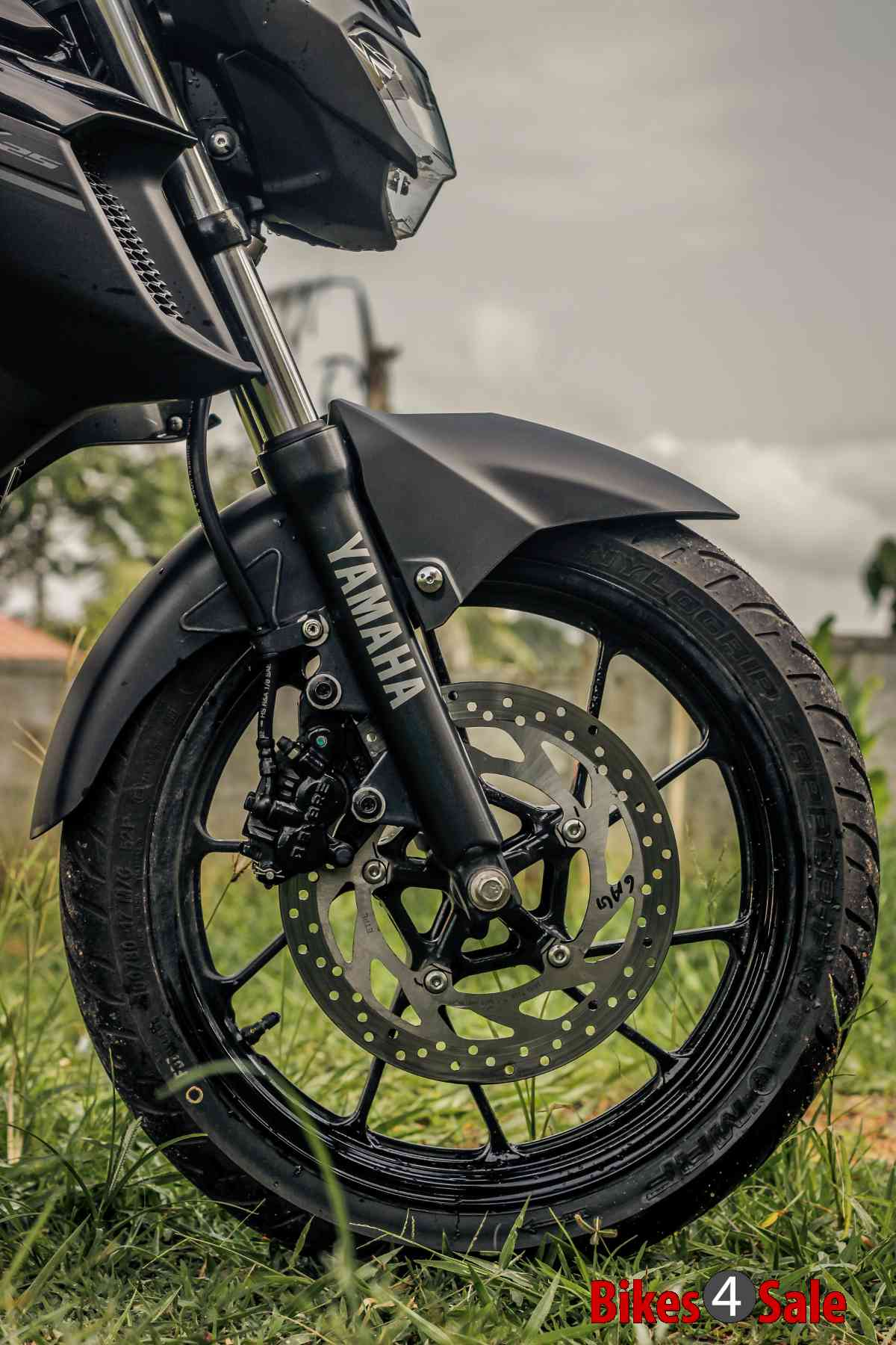 Yamaha Fz25 front telescopic suspension and disc brake