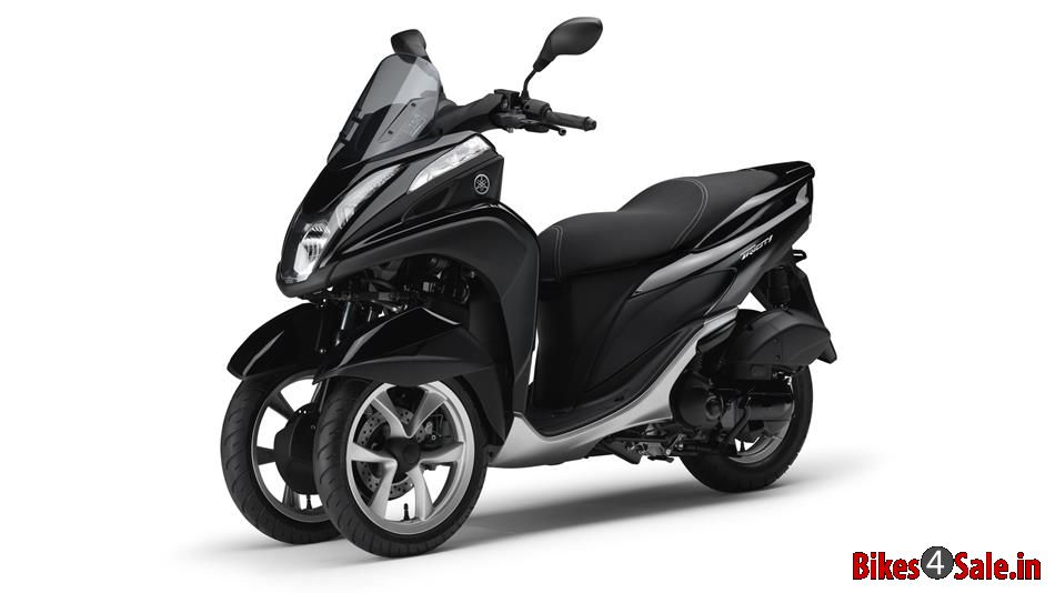 picture showing the midnight black colored yamaha tricity 125 yamaha tricity 1 bikes4sale. Black Bedroom Furniture Sets. Home Design Ideas