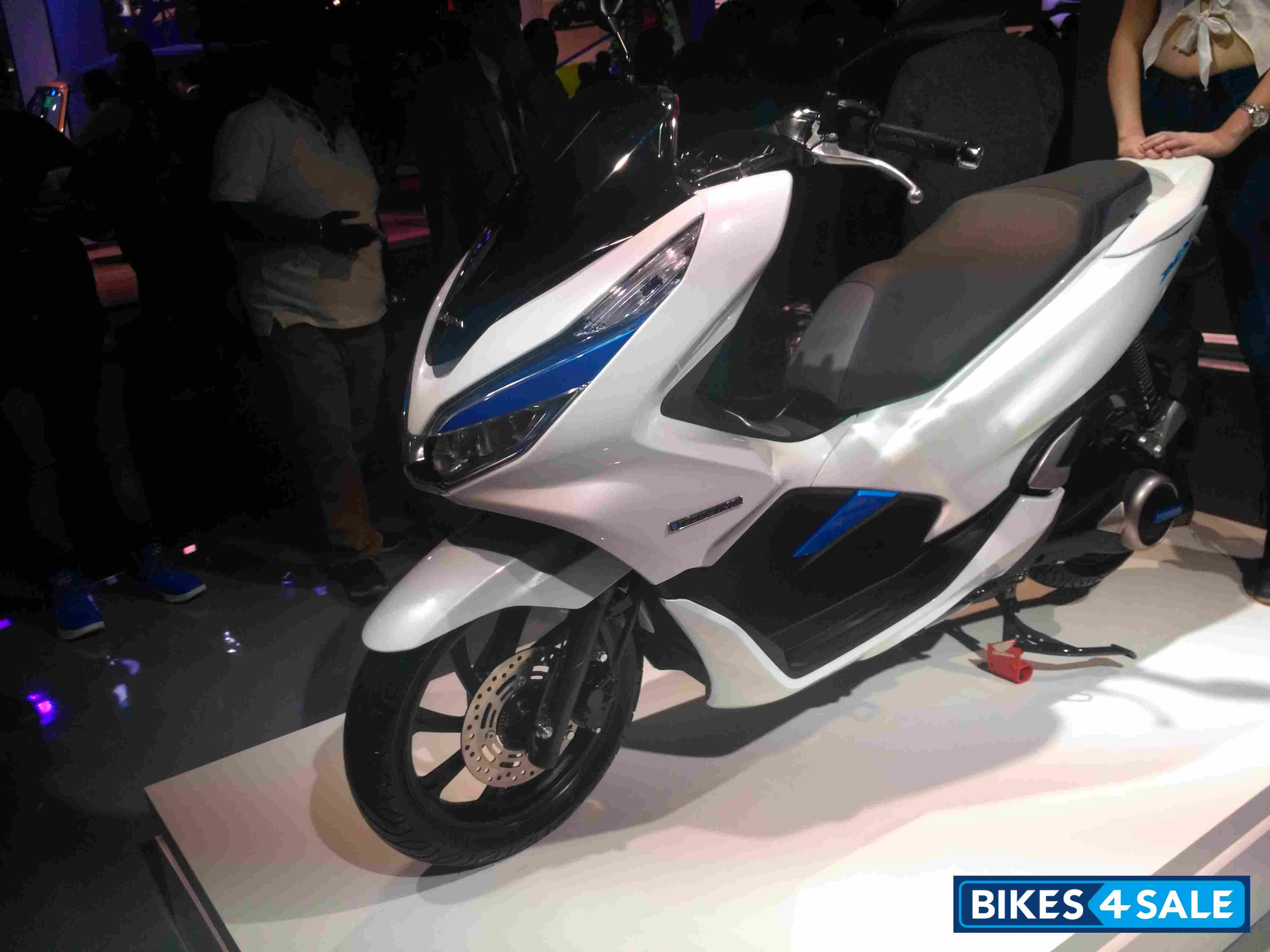 Honda PCX Electric Concept
