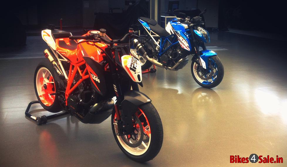 KTM 1290 Super Duke R Patriot and Racing Editions