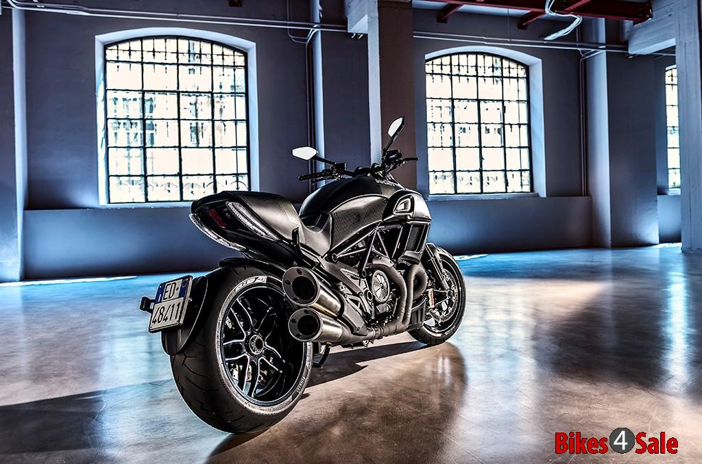 2016 Ducati Diavel Carbon Rear